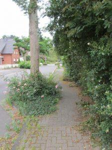 Gehweg an der Krankenhausstraße in Buir ...